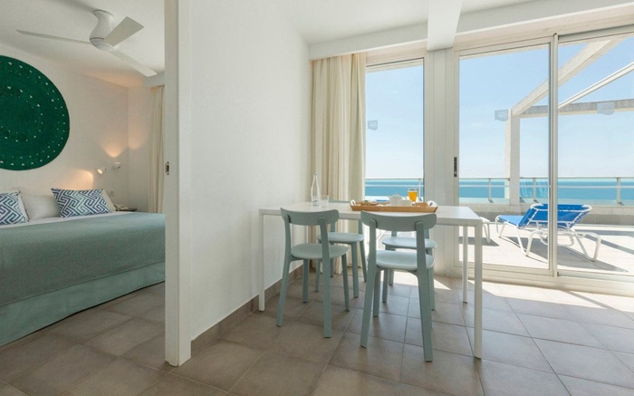 Mediterranea Premium Club Attic Suite