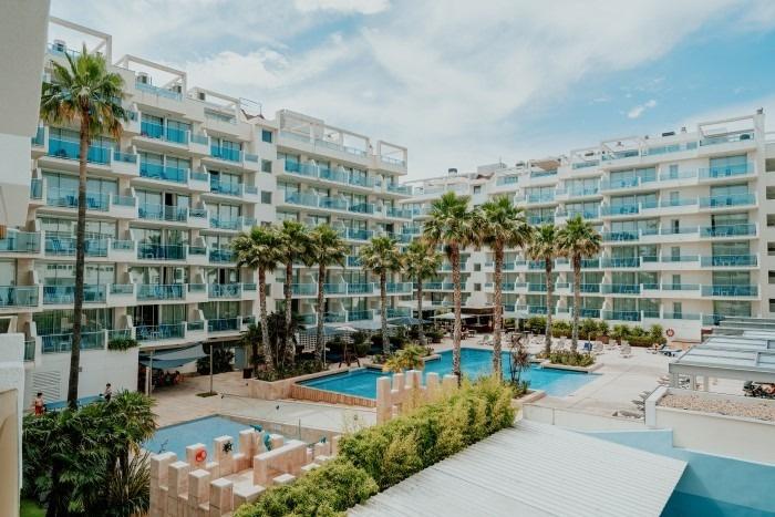 Suite Mediterranea Mit Pool-Blick