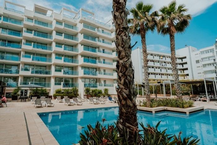 Suite Mediterranea Premium Mit Pool-Blick