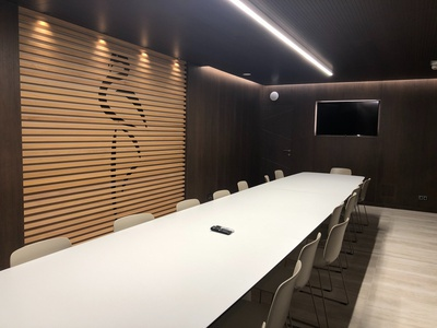 THE HOTEL - Meeting room