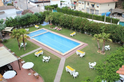 THE HOTEL - Pool