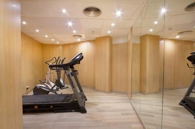 THE HOTEL - Gym