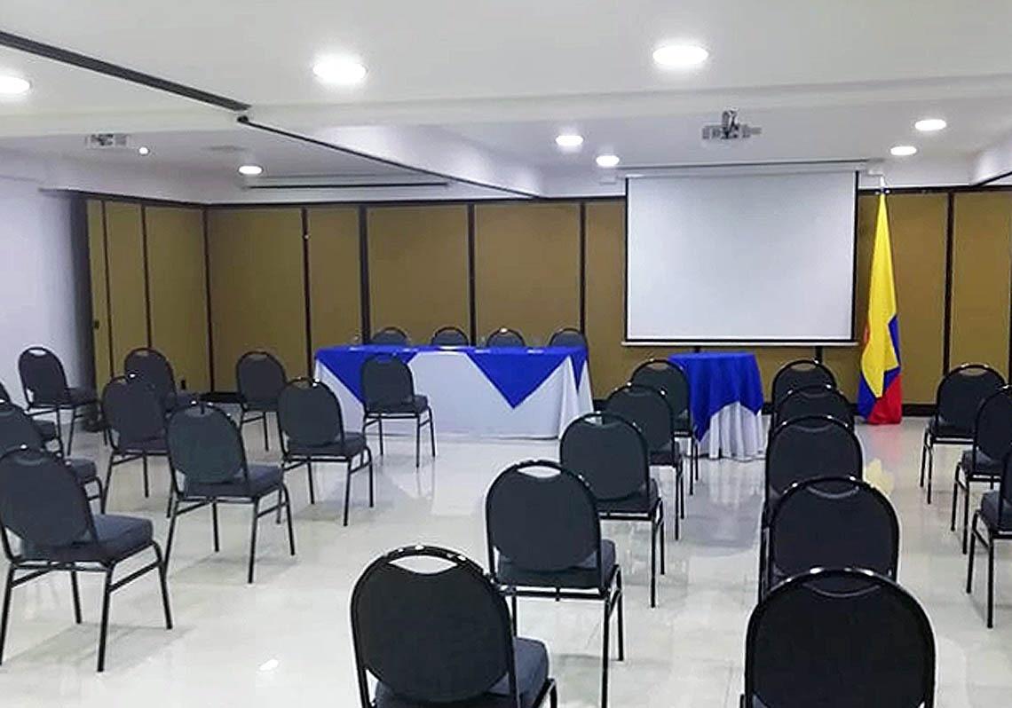 Salon Dorado 3