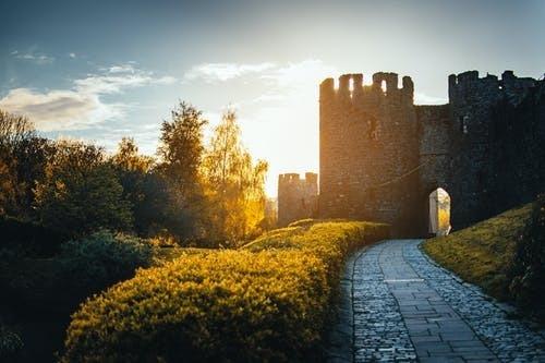 Los Castillos Medievales de la provincia sevillana
