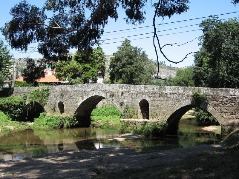 Puente Románico Vilar de Mouros