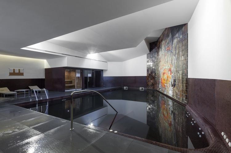 <small>Interior Pool</small>