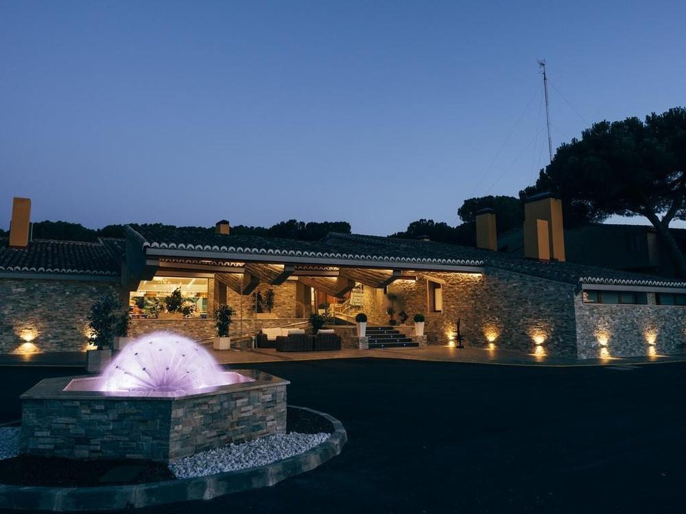 Hotel Resort El Montíco