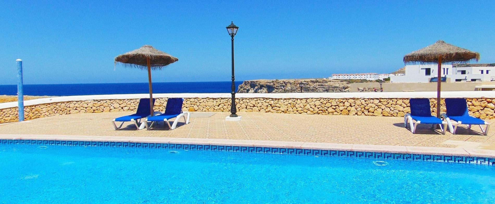 Apartamentos Checkin Cabo de Baños | Web Oficial | Menorca