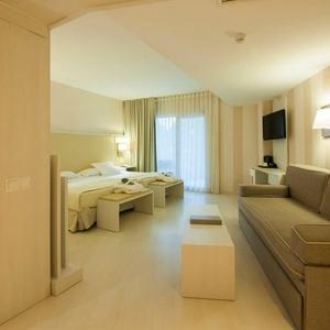 Junior Suite Vista Mar / Piscina